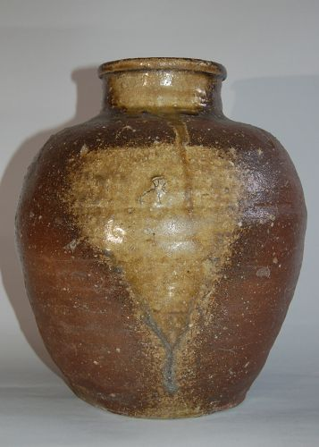 Storage jar, Shigaraki stoneware, Japan, 19th century