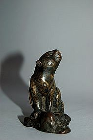 Small bronze sculpture of tiger, Japan 19th century