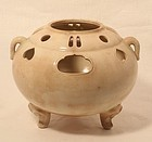 18th c Edo Dynasty cream colored Satsuma censer - Koro
