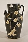 Chinese stoneware Cizhou Sgraffiato cream- brown glazed Wine Pitcher