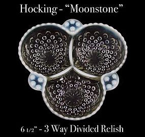 Hocking ~ Opalescent Moonstone 3 Part Relish - Nice!