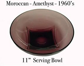 "Hazel Atlas Moroccan Amethyst Large 11""  Serving Bowl"