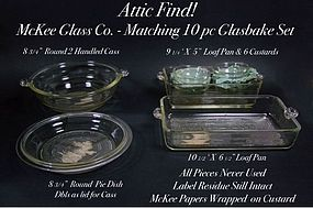 McKee-1940's Attic Find! Glasbake Never Used 10 pc Set