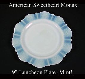 "MacBeth-Evans American Sweetheart Monax 9"" Lunch Plate"