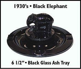 1930's ~ Black Glass ~ Elephant ~ Ash Tray