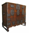 Korean Antique Bandaji (Blanket Storage Trunk)