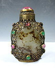 Chinese Agate Snuff Bottle With Gold Wire Filigree