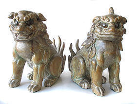 Japanese Pair of Edo Period Wooden Shrine Guardian Fu-dogs