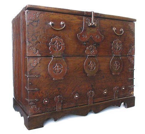 South Korean Bandaji Blanket Storage Trunk