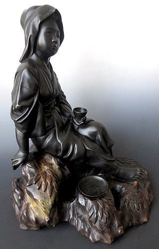 Japanese Meiji Bronze Statue of a Sitting Lady