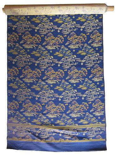 Japanese 12 Foot Roll of Un-Sewn Brocade Obi