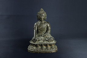 IMPORTANT CHENGHUA MARK AND PERIOD LARGE BRONZE BUDDHA
