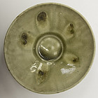 Extremely rare Northern and Southern dynasties celadon floral bowl