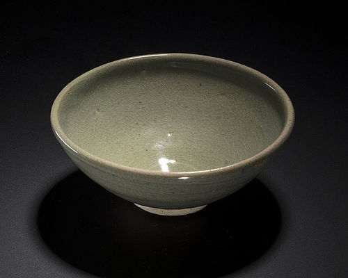 Rare and fine Yuan dynasty Jun green glazed bowl, perfect conditions
