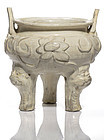 Rare Jin/Yuan dynasty Cizhou moulded floral white glazed censer