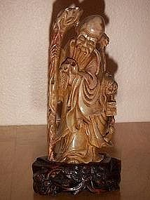 Fine late Qing dynasty Chinese carved soapstone figure