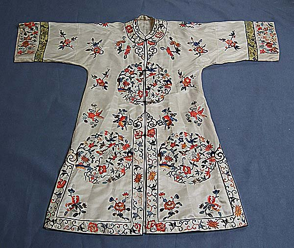 Antique Chinese Qing Dynasty Embroidered Silk Robe