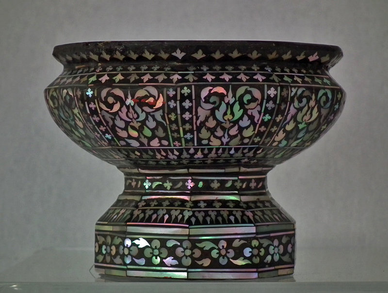 Rare Antique Thai Mother-Of-Pearl Inlaid Black Lac Footed Cup Thailand