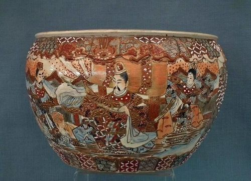 Antique 19th century Meiji Japanese Satsuma Earthenware Large Planter