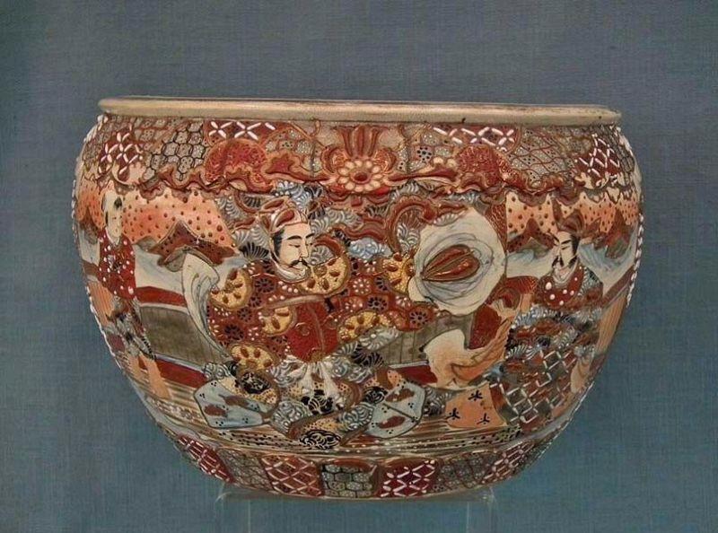 Antique 19th century Meiji Japanese Satsuma Earthenware Large Planter