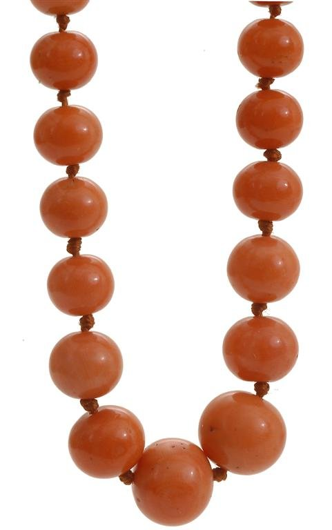Early 20C Chinese Coral Beads Necklace