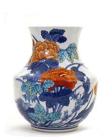 Japanese Imari Porcelain Imaemon XII Flower Signed Vase
