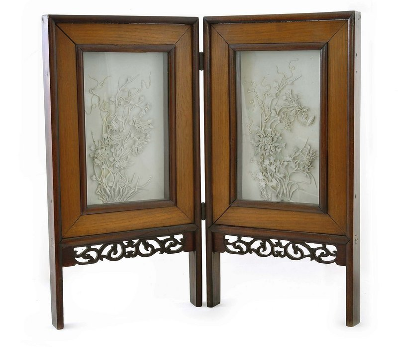 Chinese White Glazed Porcelain Plaque Table Screen