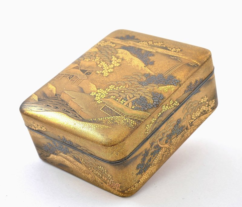 Meiji Japanese Silver Makie Lacquer Box