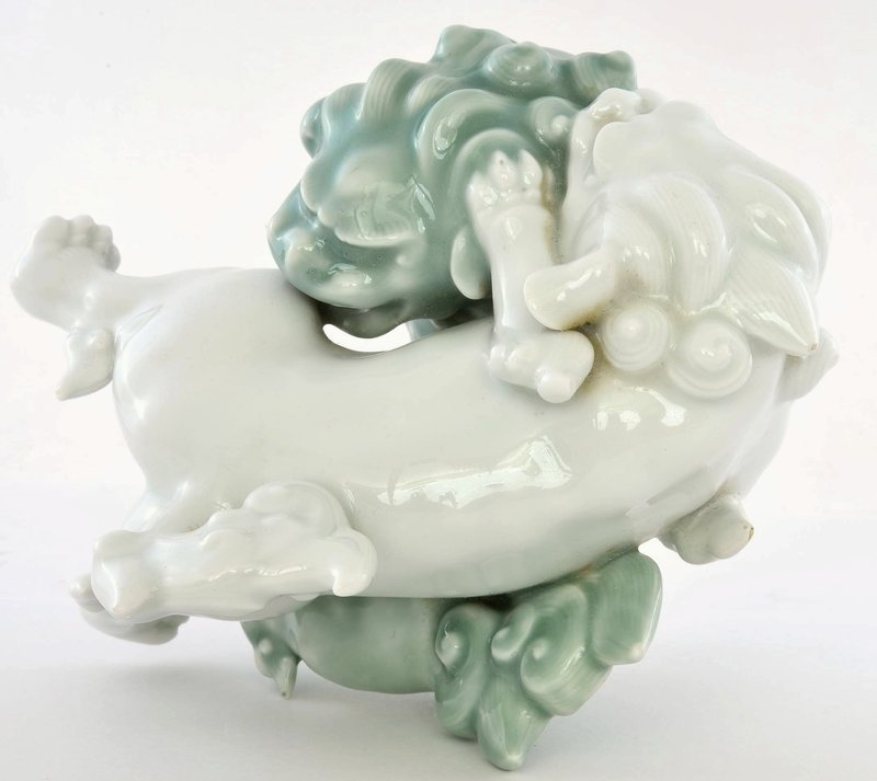 Old Japanese Celadon Fukagawa Koransha Fu Foo Dog Lion Shishi