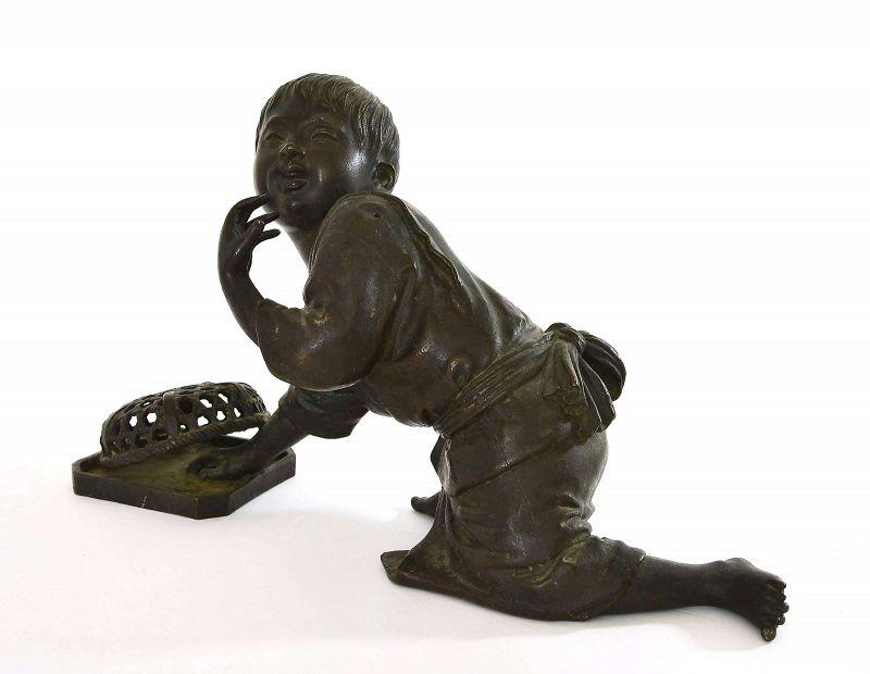 1900's Japanese Tokyo School Sty Bronze Boy Catch Bird Figure