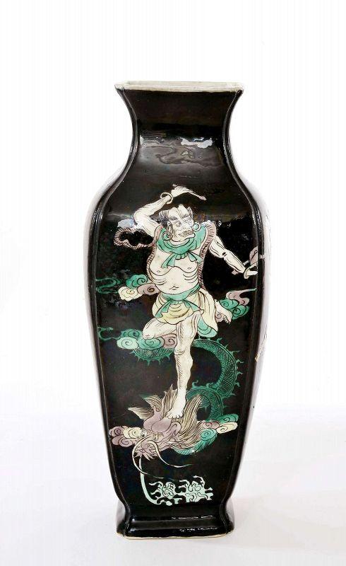 18C Chinese Kangxi Famille Noire Vase Dragon Zhong Kui ��