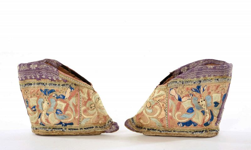 19C Chinese Silk Embroidery Bound Feet Lotus Shoes