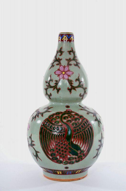 Old Chinese Celadon Famille Rose Enamel Porcelain Gourd Shaped Vase Mk