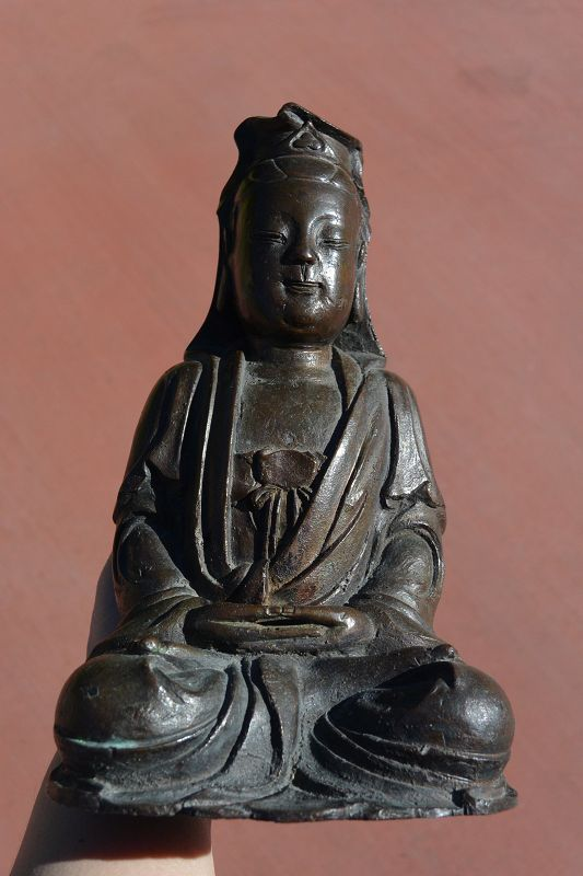17C Chinese Bronze Seated Kwan Guan Yin Buddha Figure
