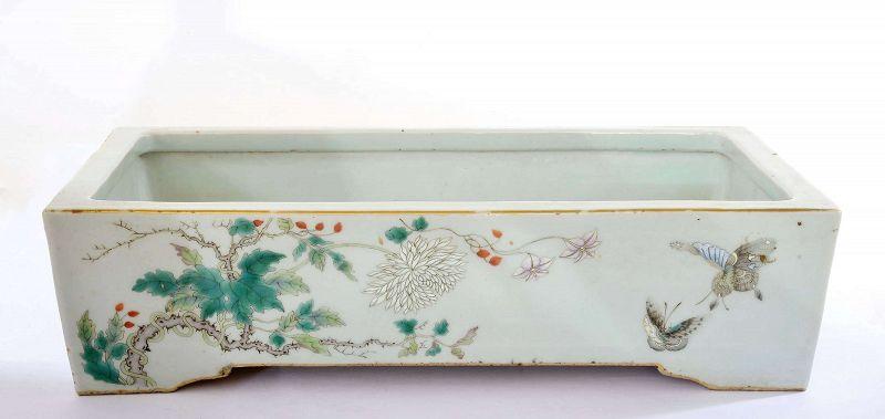 19C Chinese Famille Rose Porcelain Planter Pot Butterfly Flower