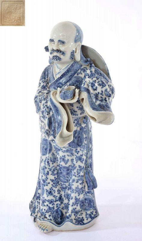 Old Chinese Blue & White Dharma Buddha Figurine �建�館
