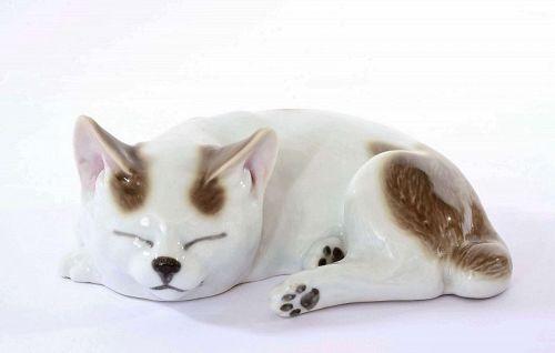 Japanese Kutani Sleeping Cat Neko Gray & White Mk