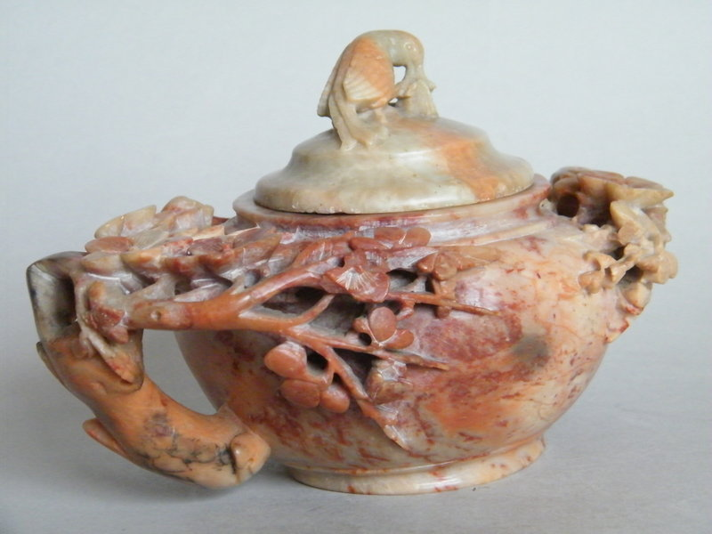 "19C Carved  Chicken Blood ""Splash"" Soapstone Wine Pot"