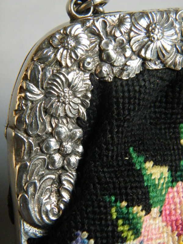 German Embroidered Handbag with Silver Clasp 1900-1910