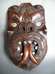 48cm Carved Maori Tūmatauenga Mask N.Z. c1920-1950