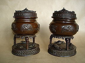 Pair of Japanese Bronze Censers and Covers - Meiji