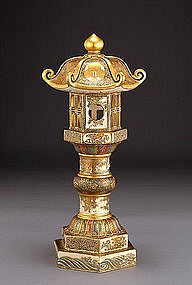 Large Japanese Satsuma Pagoda Lantern by Senzan