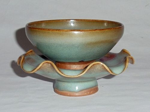A Rare Song Dynasty Junyao Bowl & Floral-Rimmed Stand
