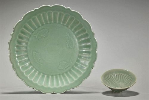 A Lot of Song-Yuan Dynasty Longquantao Celadon Plate and Bowl