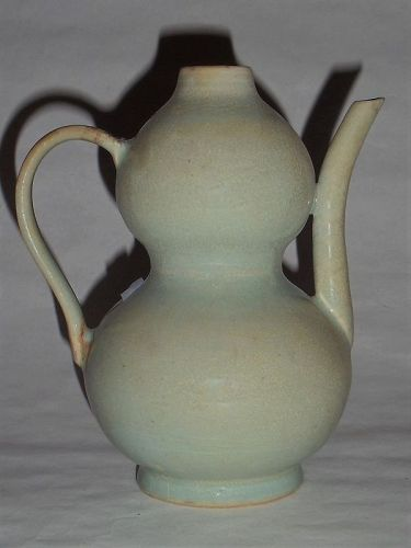 A Rare Song Dynasty Ruyao Greyish-Green-Glazed Wine-Pot