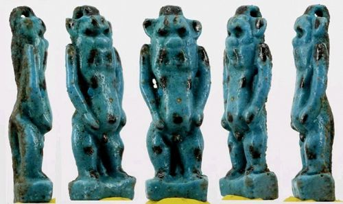 Museum quality faience Bes Amulet - ca. 3,2 cm c. 1,26 inches