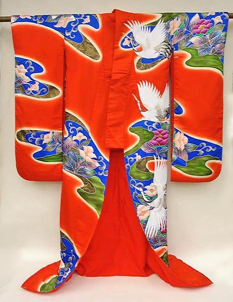 Red Japanese Wedding Gown, Cranes in Pond