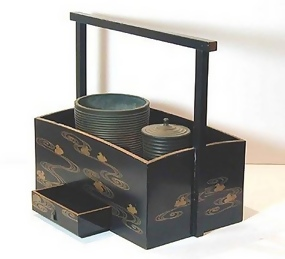 Antique Japanese Smoker's Set with Makie