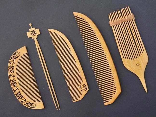 Japanese Tsuge wood sukashi-bori hair combs pin set