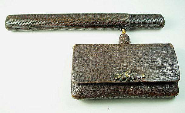 Old Japanese Tobacco Pouch and Kiseruzutsu